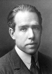 200px-Niels_Bohr.jpg